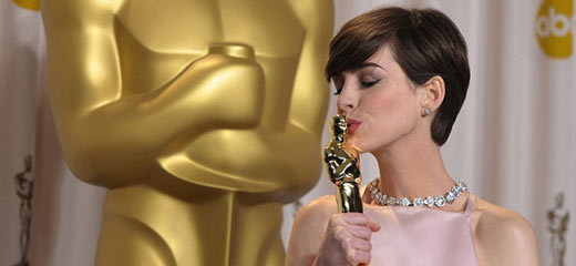 Les Misérables star Anne Hathaway wins Oscar