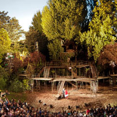 Read More - 3 Super Cool Outdoor Theatres to Visit This Summer!